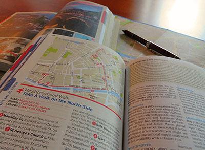 旅行ガイドブック購入